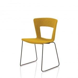 La sedia Lilia disegnata per Riflessi da Stefano Sandonà e Sabrina Bettini ha vinto il Good Design Award 2016