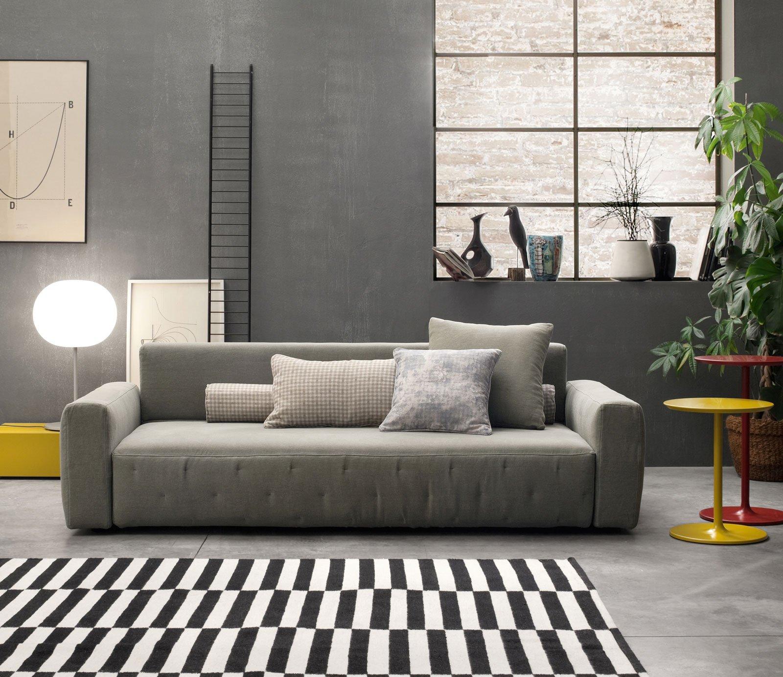 Divani fissi o componibili lineari o ad angolo 12 for Divani moderni grigi
