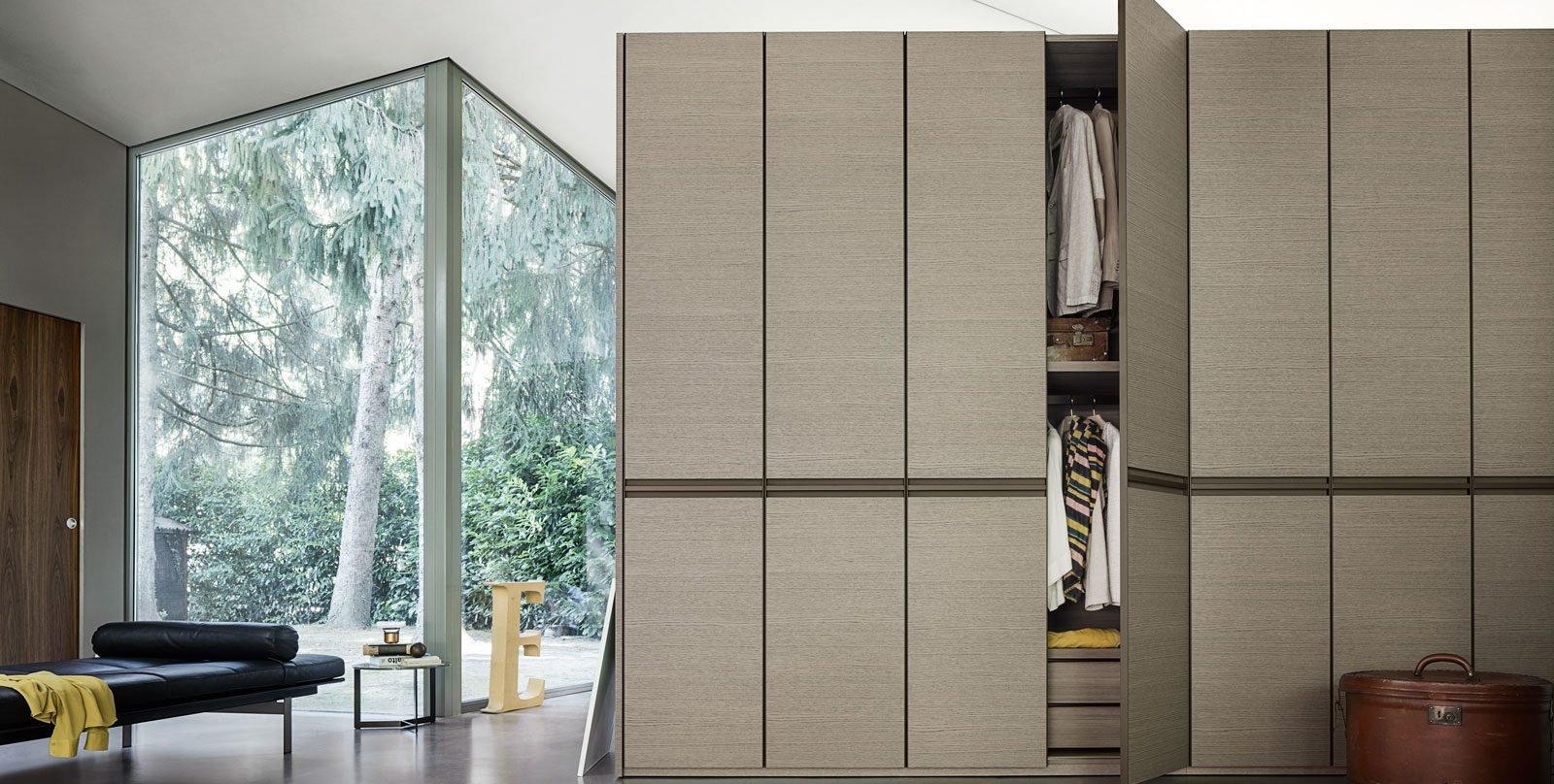 Armadio o cabina armadio cose di casa for Piccoli piani di casa in metallo