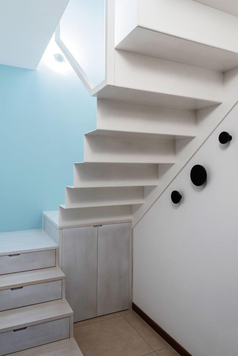 Scale Interne Con Cassetti la scala salvaspazio che sfrutta lo spazio per contenere