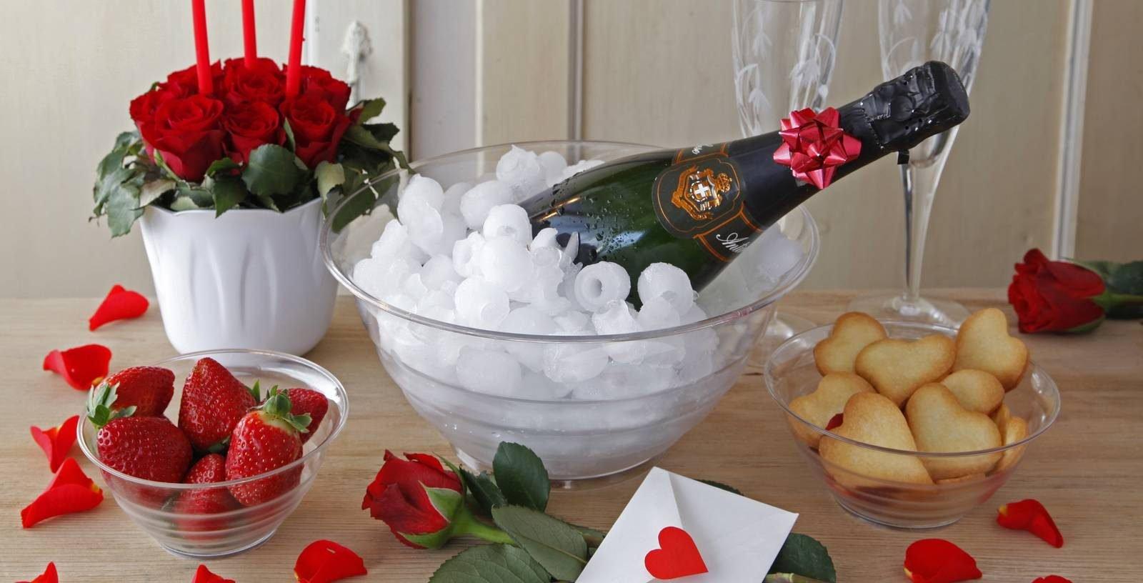 A San Valentino festeggiamo con una bella tavola - Cose di Casa