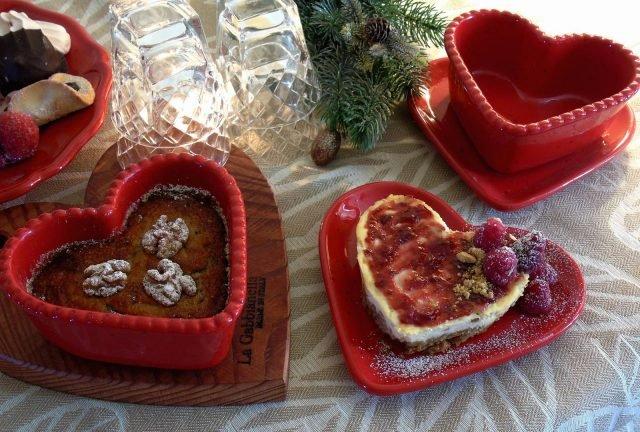 8 LaGabbianella tortiere-cuori_Linea-Forno_rosso_tavola San Valentino
