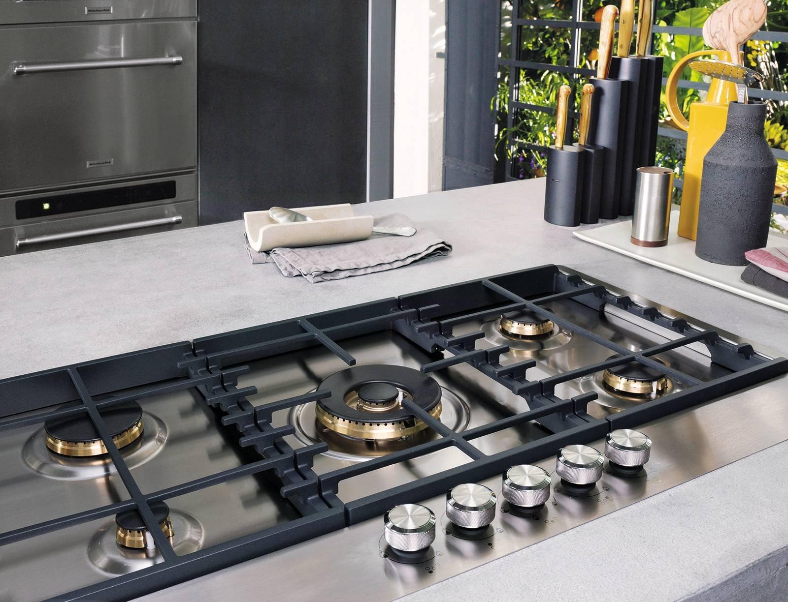 Piano cottura a induzione a gas o elettrico cose di casa - Comporre cucina ...