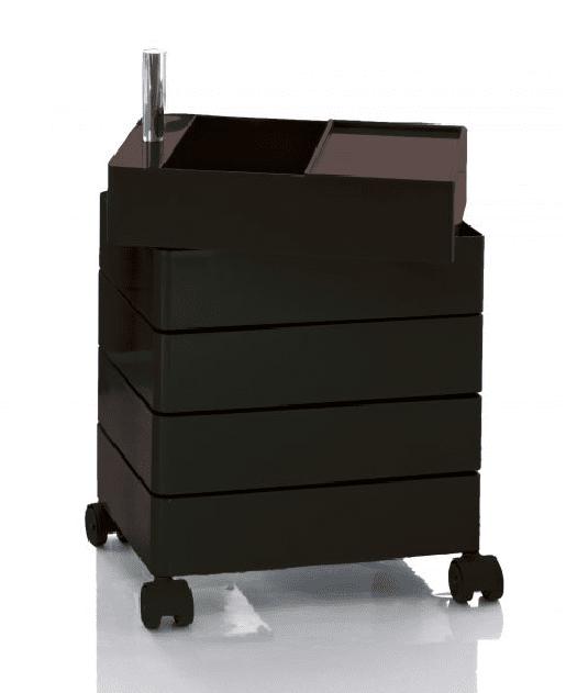 360° Container di Magis in abs lucido colorato e perno in alluminio, ha cassetti che ruotano 360°. Esiste in varie misure. Prezzo a partire da 439 euro. www.magisdesign.com/it/