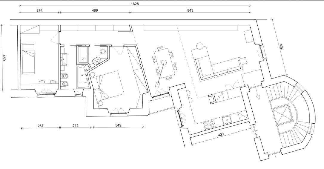 100 mq una casa a pianta irregolare ben risolta cose di for Pianta di una casa