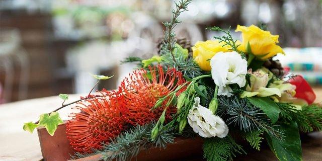 Tegola fiorita come decorazione
