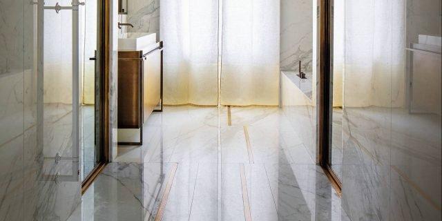 Finiture rosé: per un bagno con bagliori d'effetto