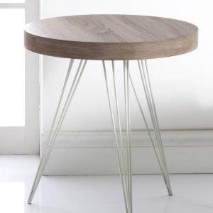 € 90* Può essere usato come comodino il tavolino 55892 di Brandani  con piano in mdf. Le gambe sono in metallo.  Misura ø  50 x H 55 cm. www.brandani.it