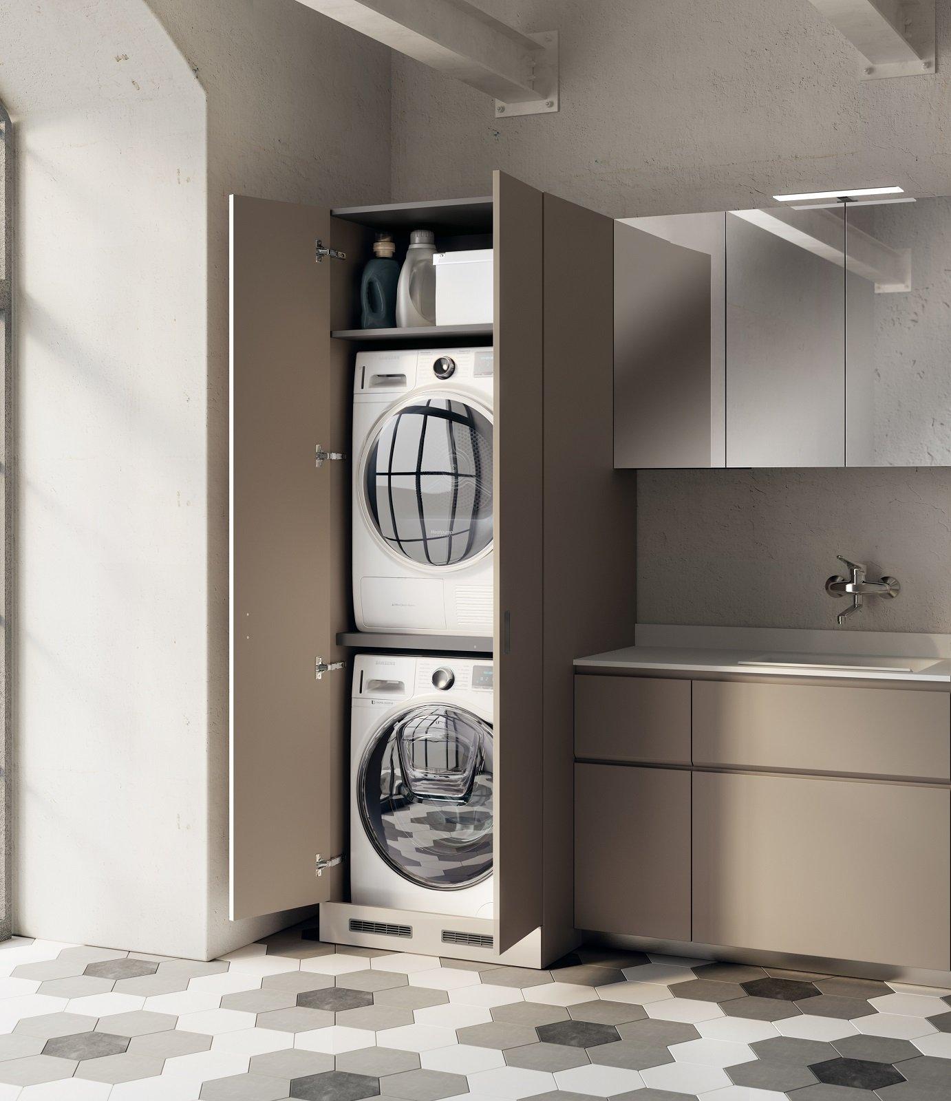 Lavanderia in bagno cose di casa for Lavatrice e asciugatrice in colonna