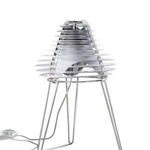 € 295*  Permette di regolare l'intensità luminosa grazie al dimmer la lampada Faretto di Slamp.  Con base in metallo  e diffusore in cristalflex®  e policarbonato,  misura Ø 30 x H 38 cm.