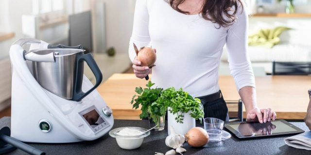 Robot da cucina o cooking machine: tritano, sminuzzano ...