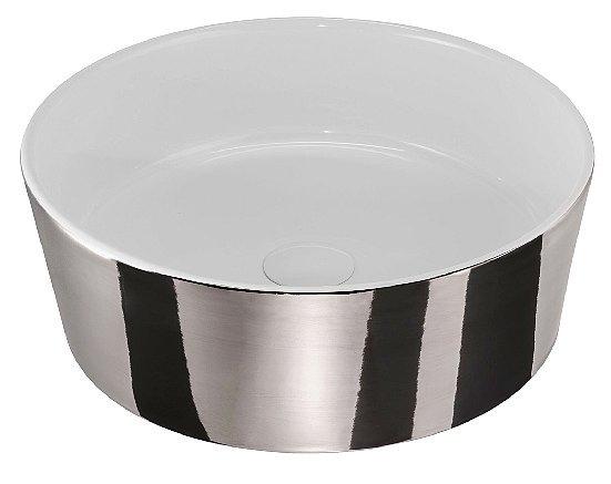 Per un bagno chic finiture metalliche in grigio cose di casa - Specchio ingranditore ikea ...