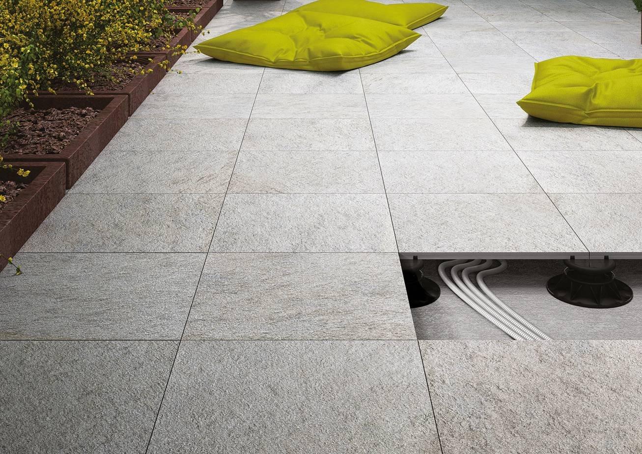 Pavimenti sopraelevati per interni e per esterno cose di - Pavimento flottante esterno ...