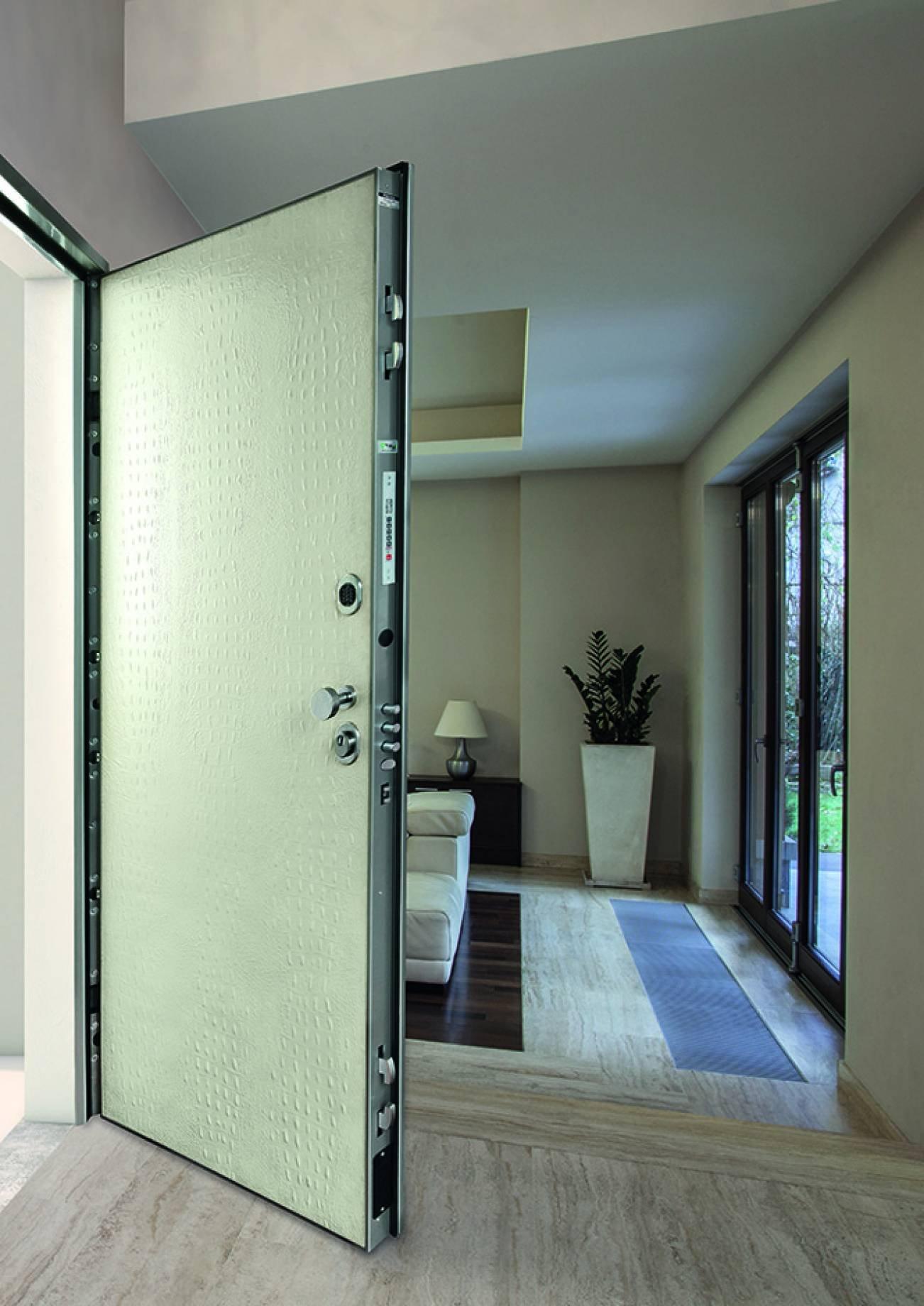 Porta di ingresso guida all 39 acquisto cose di casa - Porte per ingresso casa ...