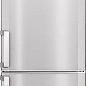 € 599* È total No Frost, con due sistemi  di raffreddamento indipendenti, il frigorifero combinato CN 236220X di Beko in classe A+. Con porta in finitura Inox antimpronta, misura 60 x 60 x H 201 cm.  wwww.beko.it