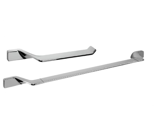 Sono in ottone/cromall gli accessori della serie Alizé di Colombo Design Superfici levigate e forme morbide anche per gli elementi lineari. Il portarotolo B2w508, Iva esclusa, costa 50,10 euro. www.colombodesign.it
