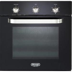 € 299*  Multifunzione, il forno elettrico SMN 6  di De'Longhi è dotato di controllo termostatico della temperatura. In acciaio spazzolato e speciale smalto easy to clean all'interno, è per incasso da 60 cm. wwww.delonghi-cookers.it