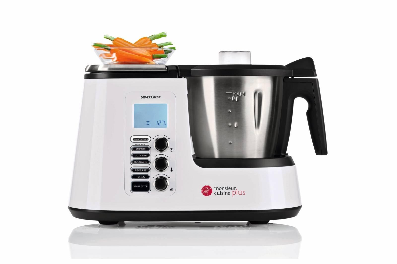 Robot da cucina o cooking machine: tritano, sminuzzano, mescolano e ...