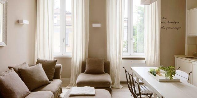 Bilocale di 43 mq: mini spazi ben sfruttati, nella casa con tanta luce