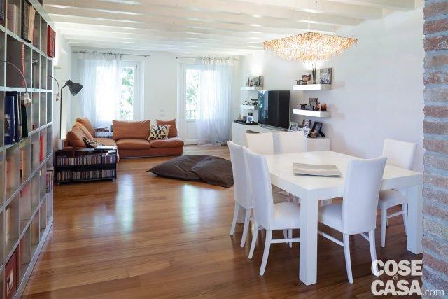 soggiorno-tavolo