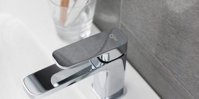 Rubinetti per lavabo per il risparmio d'acqua ed energia