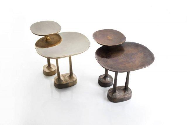 Mushrooms di Henge è il nuovo tavolino interamente realizzato in ottone naturale e bronzo naturale attraverso l'antica tecnica della fusione con stampi a terra. La forma ricorda quella die funghi stilizzati; la superficie ha un aspetto elegantemente vissuto. Misura L 47,5 x P 56,2 x H 52,4 cm e L 32,4 x P 32,4 x H 59,9 cm. www.henge07.com