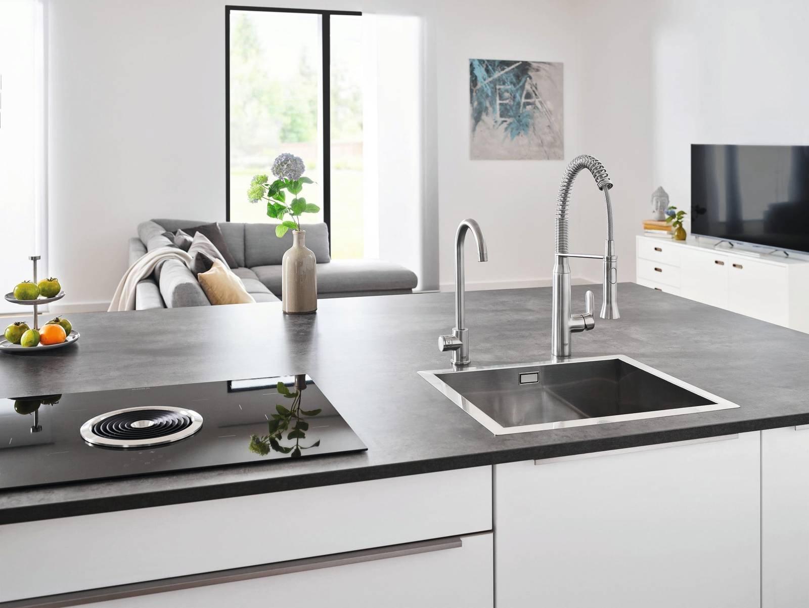 rubinetti per la cucina miscelatori hi tech cose di casa. Black Bedroom Furniture Sets. Home Design Ideas