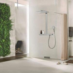 A parete o a soffitto, i moderni soffioni doccia assicurano momenti di piacere e benessere ...