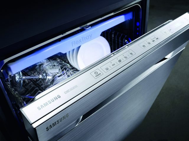 DIDA 10 - Lavastoviglie Waterwall_Samsung Chef Collection_VERIFICARE