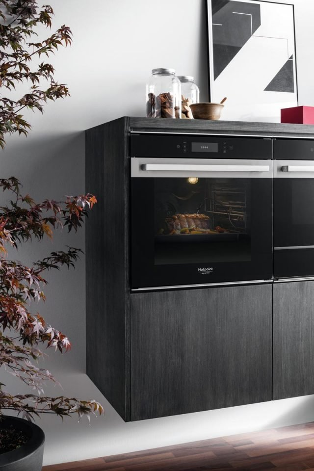 DIDA-8b---Hotpoint----Forno-Classe-9-(3)