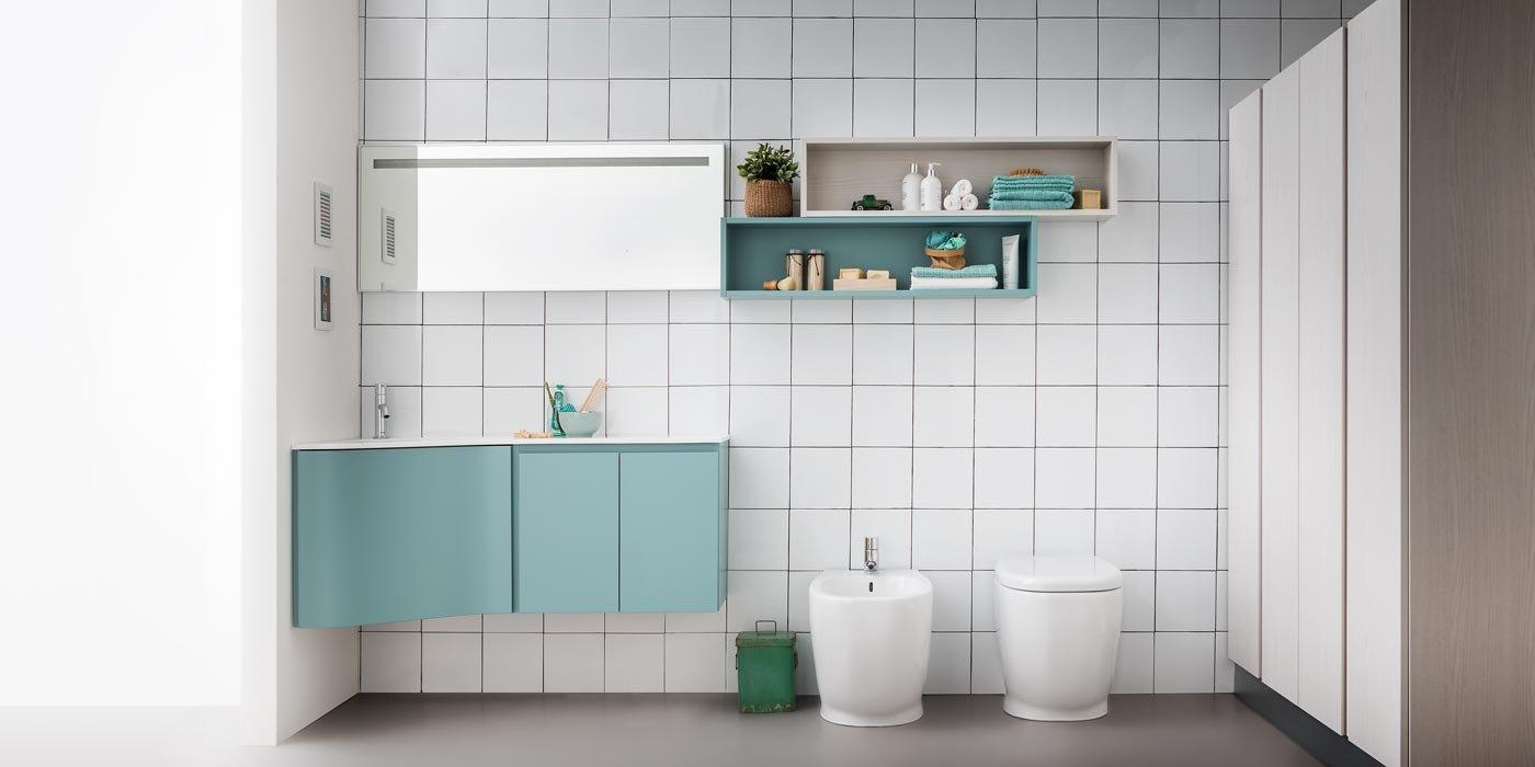 Soluzioni per un bagno piccolo piccolo cose di casa - Bagno piccolo con doccia ...