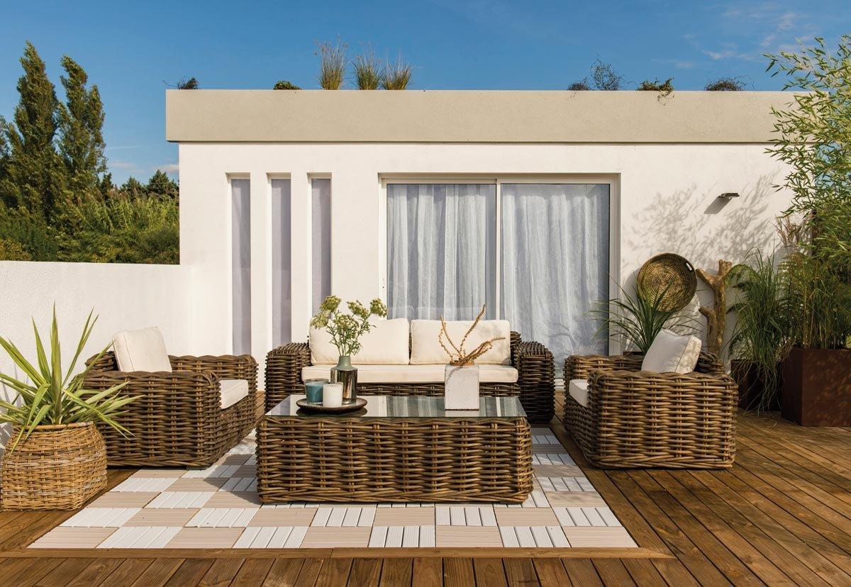 Living all 39 aperto tante idee per giardini e terrazzi for Divano rattan leroy merlin