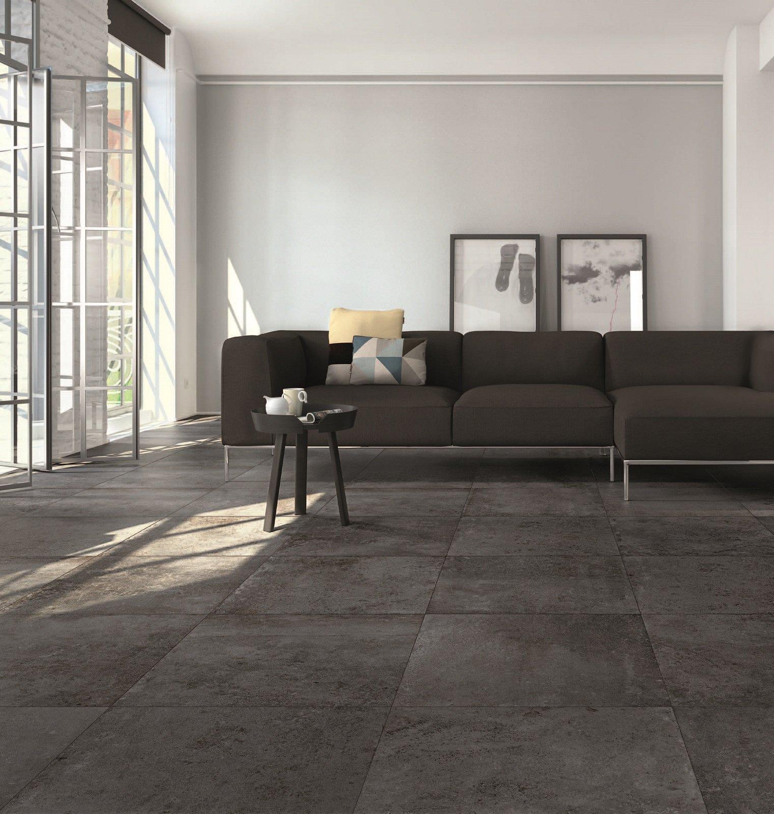 I pavimenti in gres porcellanato con effetto cemento hanno for Gres effetto cemento