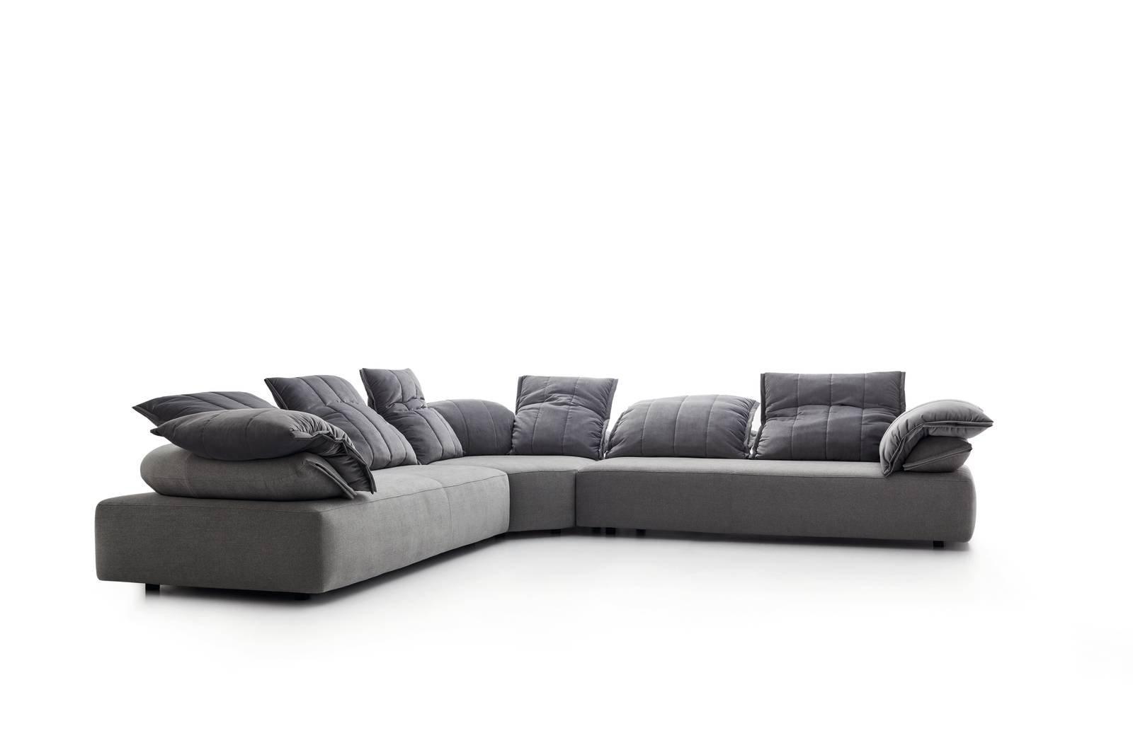 Salone del mobile 2017 divani e divanetti cose di casa - Divano ecopelle che si spella ...