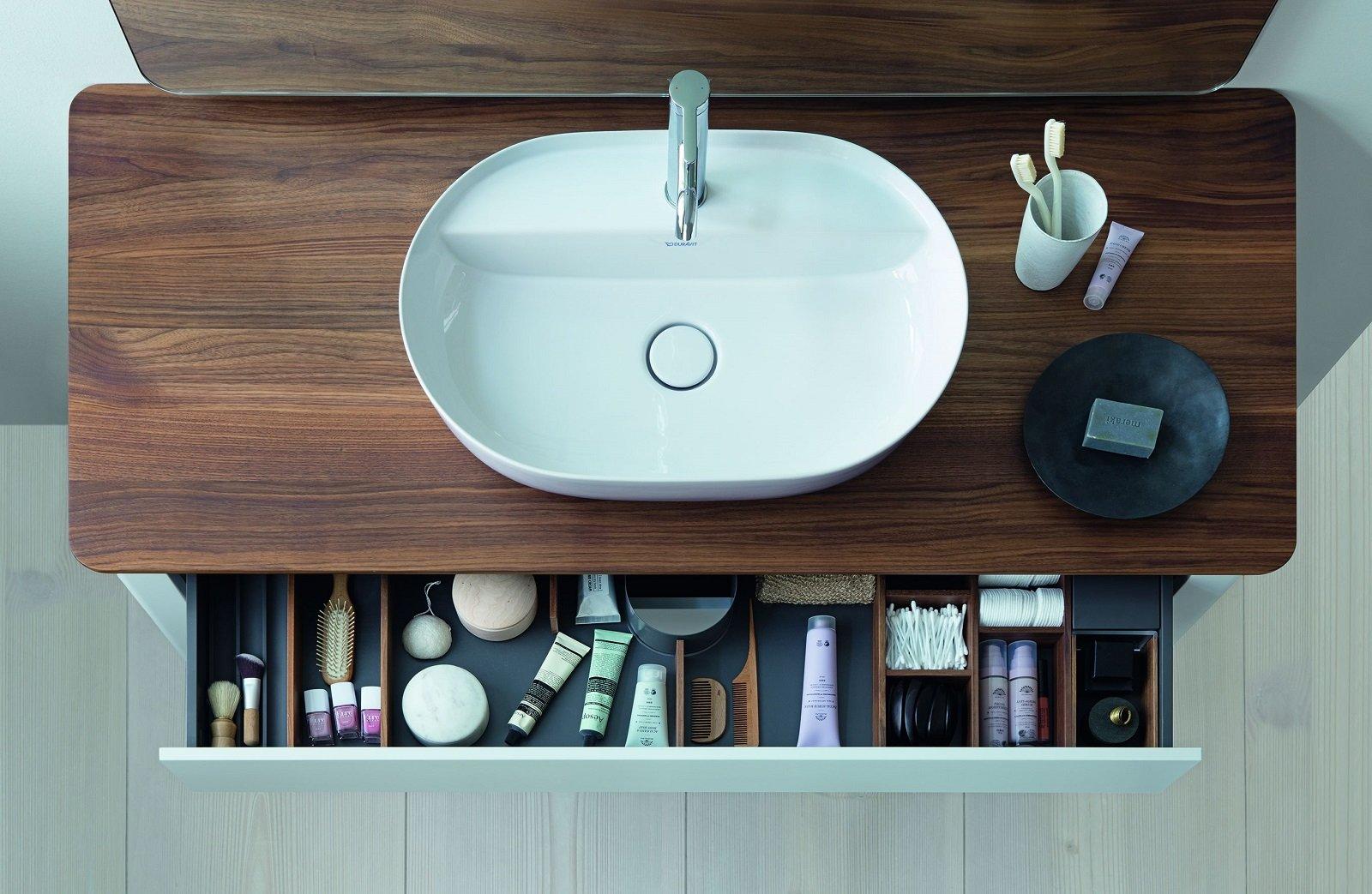 Fanno tendenza i moderni lavabi d\'appoggio che donano leggerezza all ...