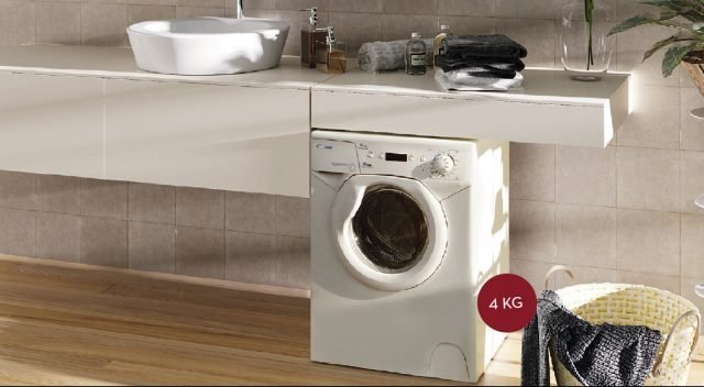 Più stretta, più bassa e profonda 44 cm: la mini lavatrice ha tutte e tre le misure ridotte.Con display digitale AQUA 1042D1 di Candy ha 16 programmi di lavaggio, partenza ritardata fino a 24 ore e centrifuga massima che raggiunge i 1.100 giri.