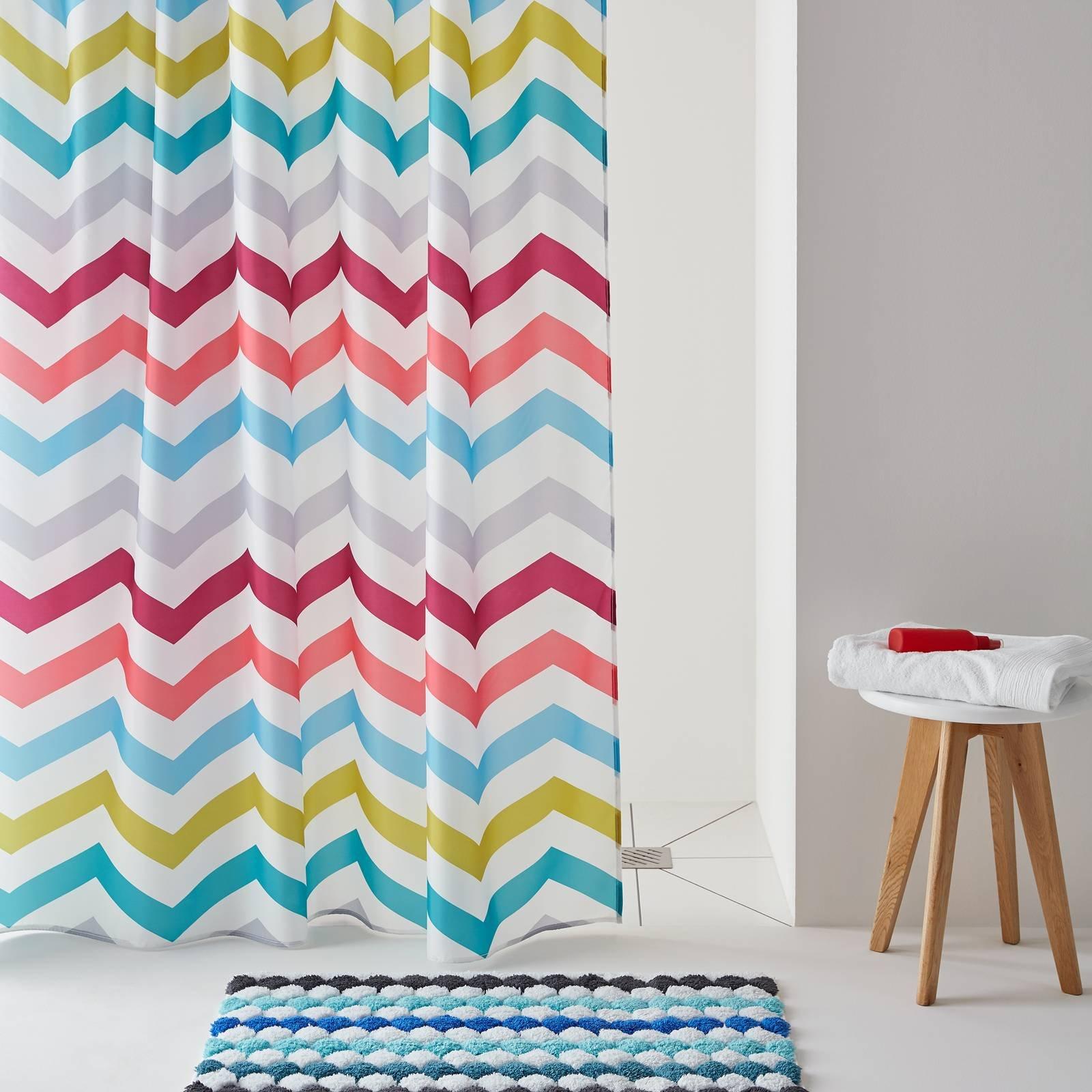 Tende doccia per un bagno easy e molto carino cose di casa - Tende per doccia rigide ...