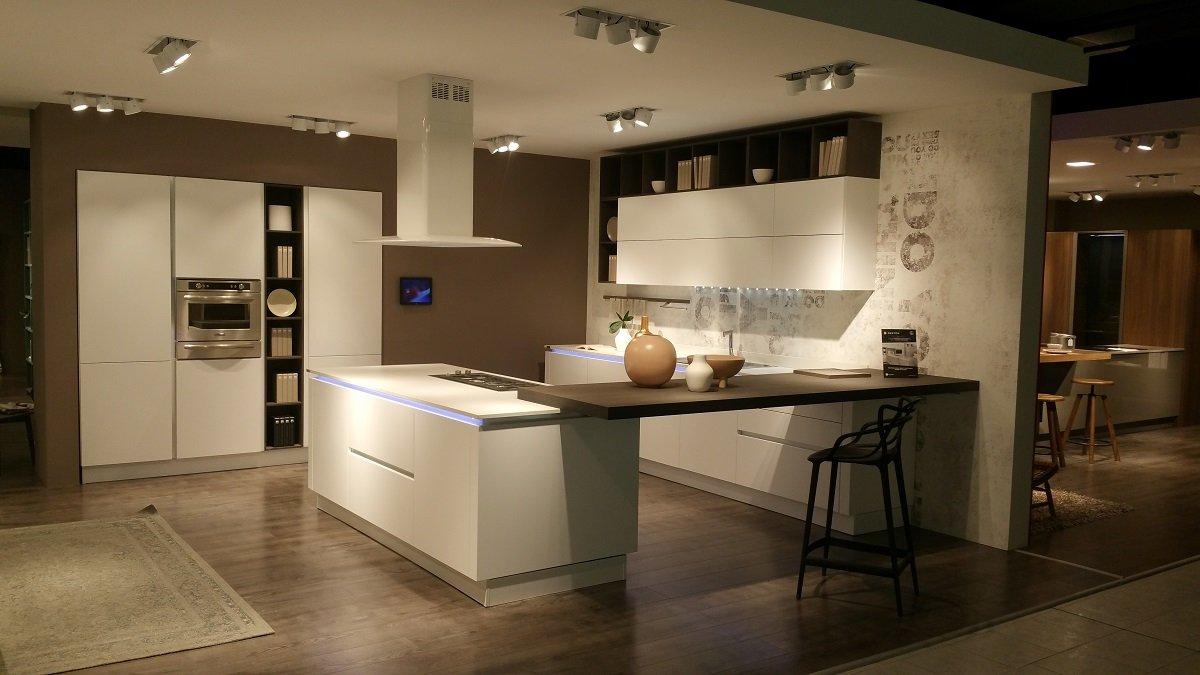 Gruppo lube nuovo centro cucine in provincia di verona cose di casa - Centro cucine lube ...