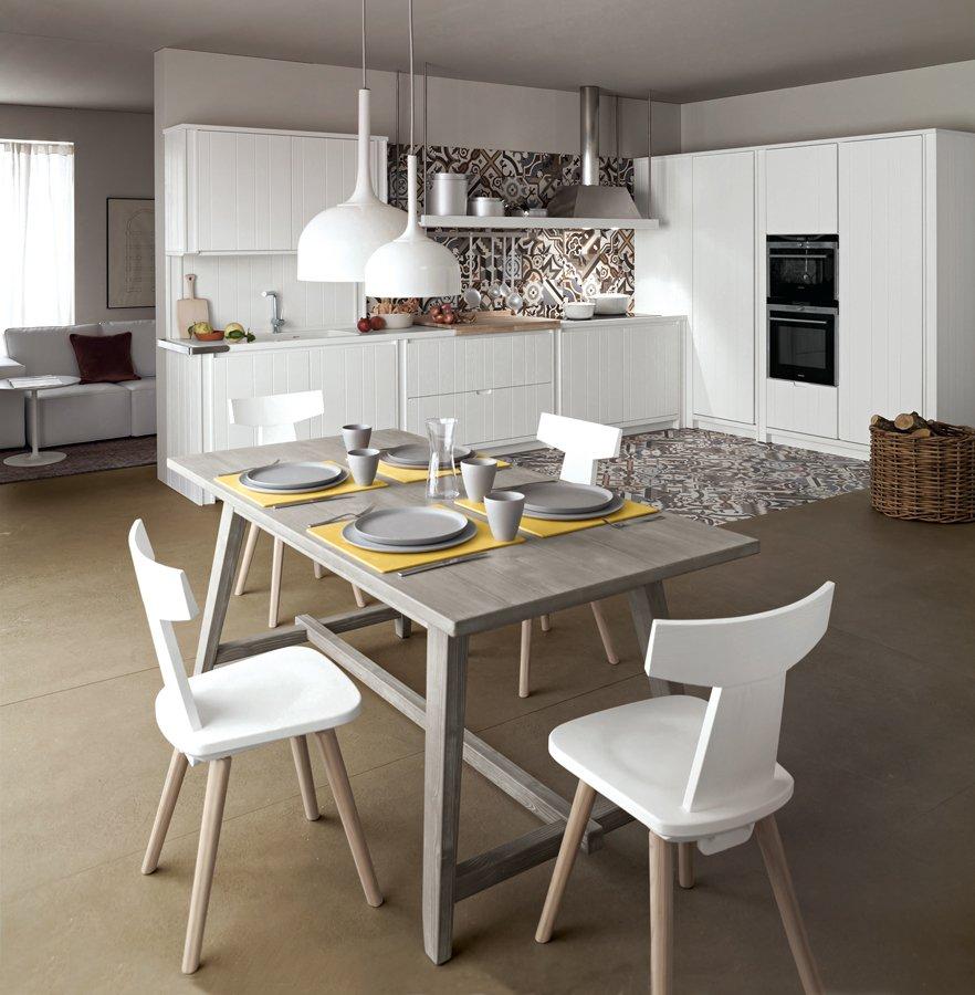 Tavolo per la cucina scegli fra oltre 30 modelli cose - Tavolo di cucina ...