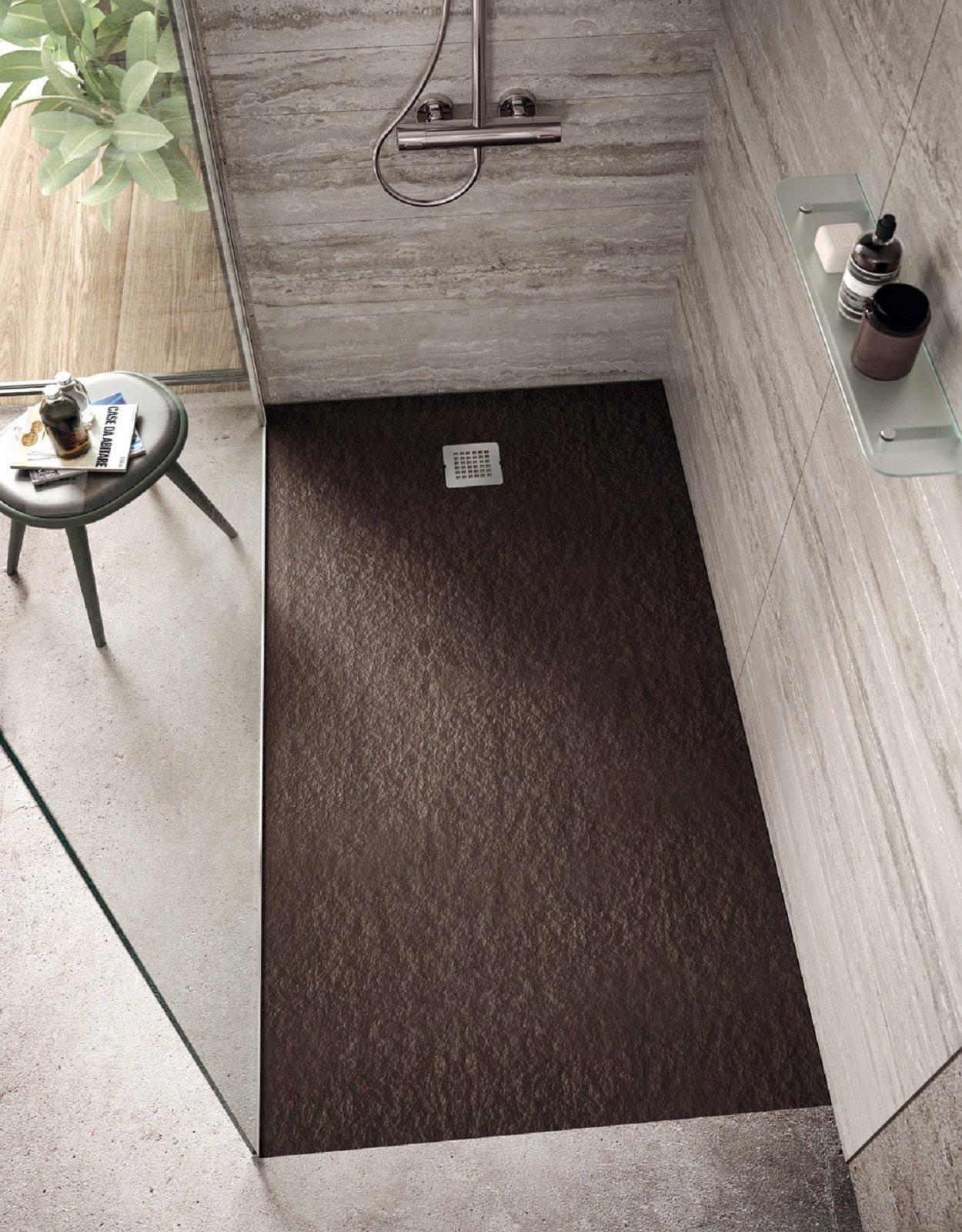 A filo pavimento o d appoggio i piatti doccia si for Piatto doccia pietra