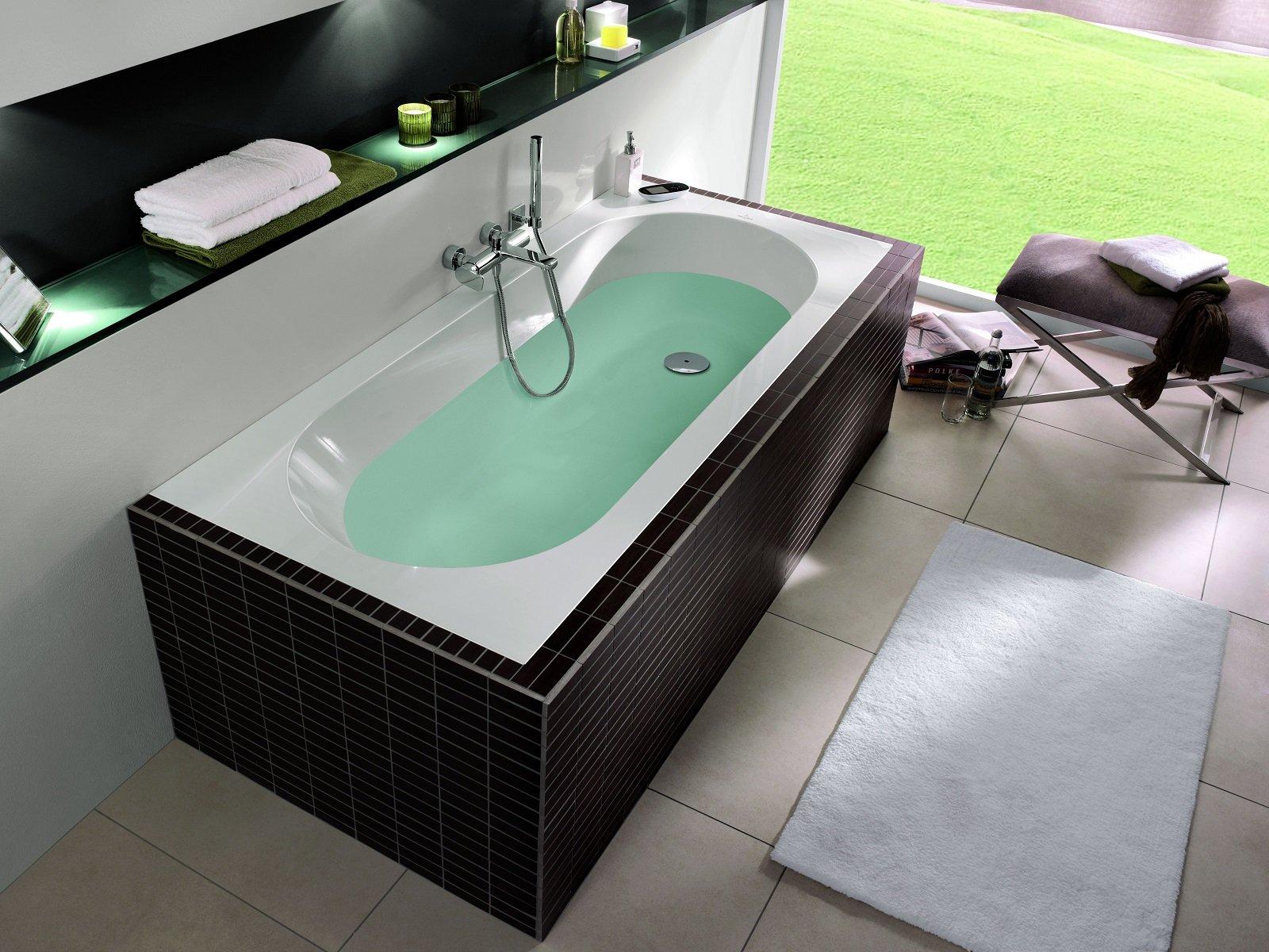 Vasche da incasso, a parete o nell'angolo bagno. Foto ...