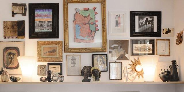 Illuminare i quadri dal basso dall 39 alto o con luce for Appendere quadri ikea