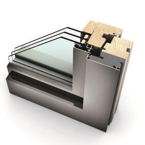 HF210 di Internorm: finestra in legno-alluminio. Particolare dell'angolare con triplo vetro