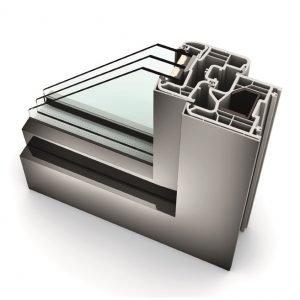 KF200 Finestra in PVC-alluminio - Particolare dell'angolare con triplo vetro