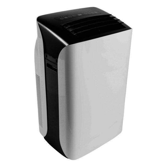 Con potenza di raffreddamento di 9.000 Btu/h, il climatizzatore portatile Equation WAP-06EZR26 in vendita da Leroy Merlin è regolabile su tre velocità di ventilazione. Adatto per raffreddare ambienti da 20 mq, è in classe di efficienza energetica A+. Misura L45xP40,5xH 75 cm. Prezzo 269 euro. www.leroymerlin.it