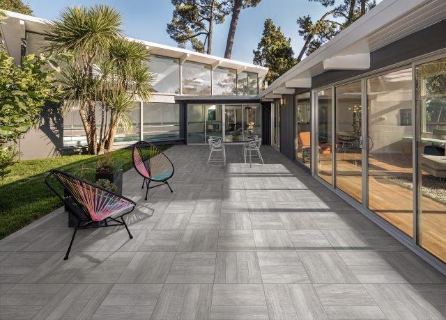 Pavimentazioni esterne piastrelle di piccolo o grande - Leroy merlin piastrelle esterno ...