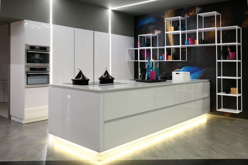 Snaidero inaugura a napoli thierry house showroom di oltre