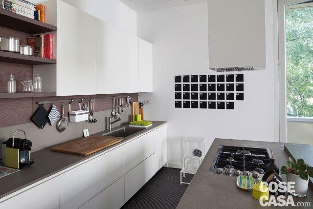 Una casa con il soggiorno open space che diventa pi for Piano casa di 3400 metri quadrati