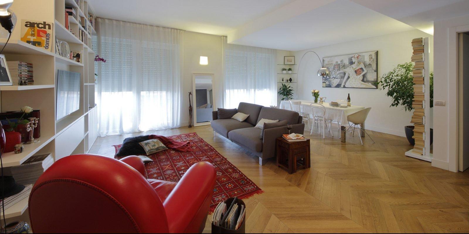130 mq soggiorno doppio e cucina separata per la casa con for Foto di case arredate classiche