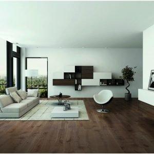 Parquet supportato prefinito rovere Raffaello siena. Adatto per tutti gli ambienti compreso il bagno. Idoneo in presenza di riscaldamento a pavimento. La finitura a olio esalta le tonalità e l'aspetto naturale del legno.